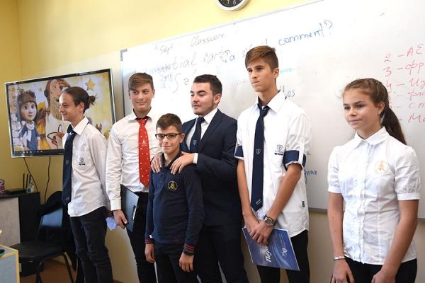 Избори за ученически парламент